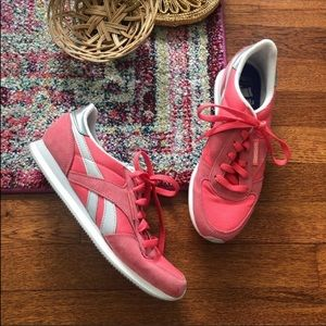 Reebok white pink and gray tennis shoes